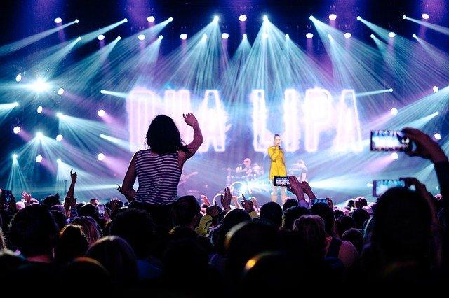 Devenir un chanteur célèbre c'est possible