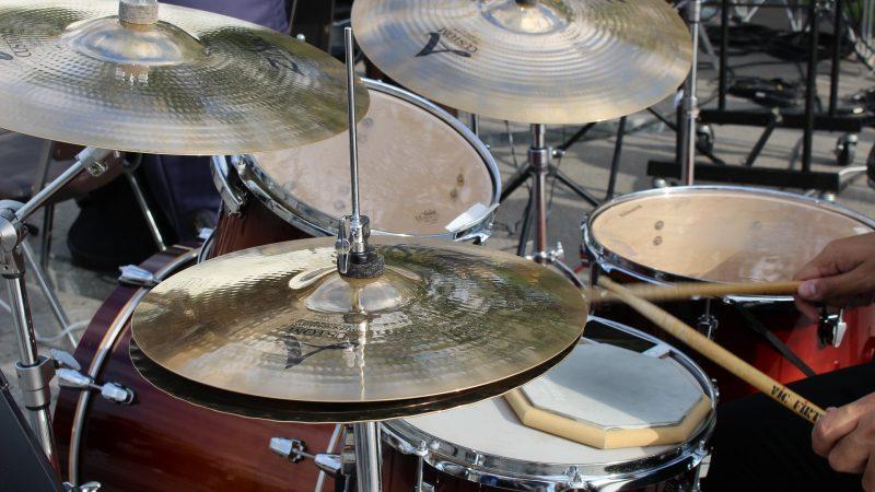 La batterie : un instrument de musique déstressant